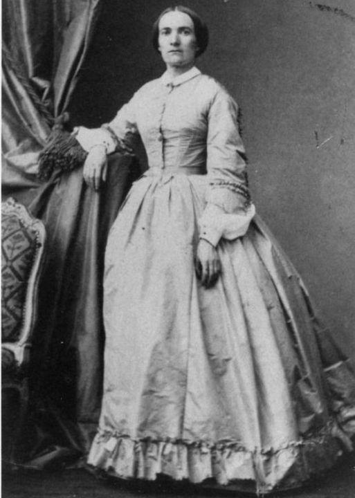 première femme
